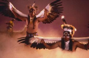 Dans amerindian